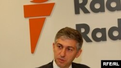 استوارت لوی می گوید: ایتالیا توجه بیشتری به سوء استفاده های جمهوری اسلامی از سیستم بانکی بین المللی مبذول کرده است.»