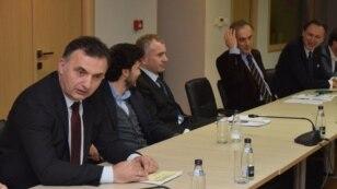 Srđan Milić (prvi slijeva) na jednom od sastanaka lidera političkih partija