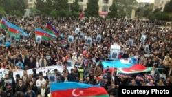 На митинге в поддержку Джамиля Гасанлы