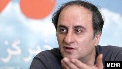 محمدعلی سجادی، از اصرار مدیران فرهنگی در راضی کردن یک اقلیت پرنفوذ انتقاد میکند