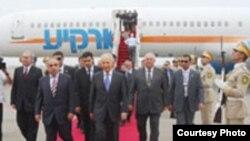 Президент Ізраїлю Шимон Перес прибуває до Баку. 28 червня 2009 року