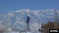 سقوط بهمن در پیست اسکی شمشک جان دو جوان اسکی باز ایرانی را گرفت.