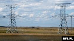 Борбор Азиянын энергетикалык шакекчеси. Караганда менен Темиртау ортосундагы жогорку чыңалуудагы линия.Казакстан.