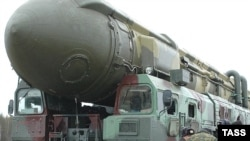 A Topol missile at the Plesetsk Cosmodrome (file photo)