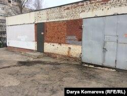 Эти гаражи будут перестроены под учебные классы