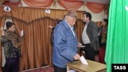 Türkmenistanda prezident saýlawlarynyň geçiriljekdigi mundan dört aý öň yglan edildi.