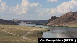 Іле өзен. Алматы облысы, 8 шілде 2013 жыл.