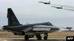 Российские истребители Су-25 и МиГ-29 на учениях в Краснодарском крае