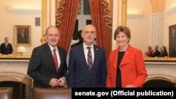 Давид Залкалиани сегодня встретился с авторами критических писем – сенаторами Джимом Ришем и Джинн Шейхин