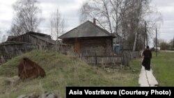 Главная улица деревни Гореловка