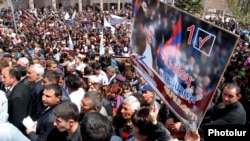 Armenia - The Prosperous Armenia Party holds a campaign rally in Vanadzor, 30Apr2012.
