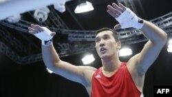 Қазақстандық боксшы Әділбек Ниязымбетов.