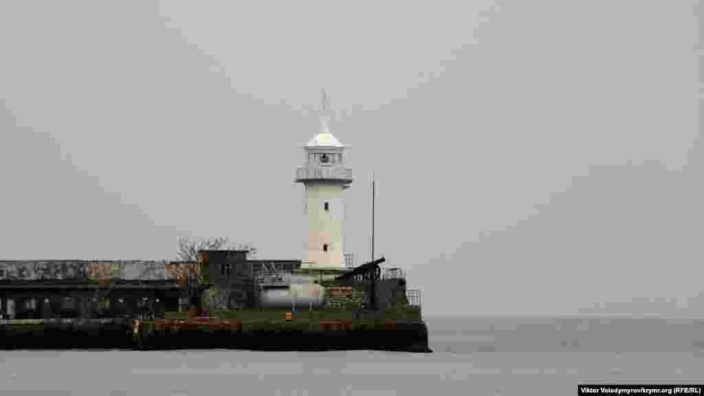 Ялтинський маяк
