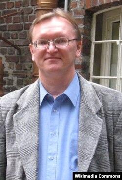 Олег Коростылев