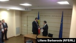 PLDM și PD au semnat acordul de creare a Alianței pentru o Moldovă europeană, Chișinău, 23 ianuarie.