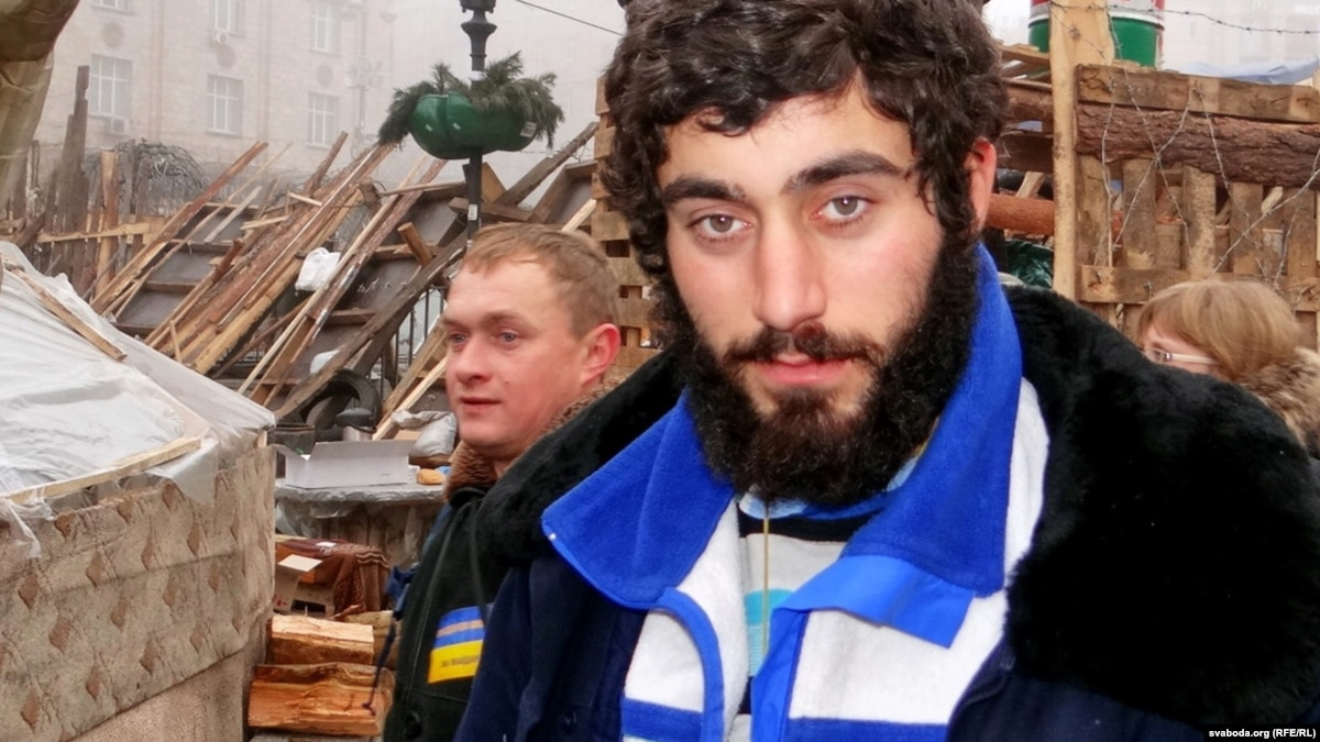 Flashmob deakutato: Ukrainians thank their fathers
