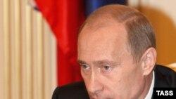 У «Единой России» одной хватит голосов, чтобы привести Путина к премьерству