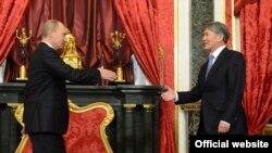 Президенты России и Кыргызстана. Саммит ОДКБ, Москва, 2012.