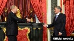 Встреча Алмазбека Атамбаева и Владимира Путина в Москве. 20 декабря 2012 года