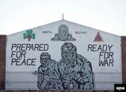 Nordul Belfastului: Pregătiți pentru pace, gata de război. Astfel de mesaje există în Belfast și în ziua de astăzi.