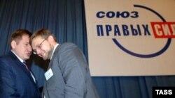 Некоторые оппоненты Путина увидели в его решении выгоду и для себя