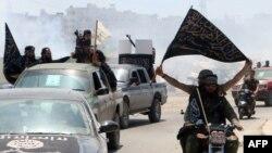 Սիրիա - «Ալ-Նուսրա ճակատ» խմբավորման զինյալները Հալեպում, 26-ը մայիսի, 2015թ․