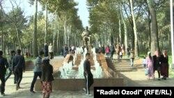 Парк имени Айни в Душанбе после реконструкции