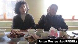 Жители Долинки в гостях у Эмине
