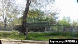 Передвижение российской военной техники в Симферополе, 30 апреля 2019 года