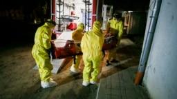Румыния. Перевозка в больницу пациента, у которого был выявлен коронавирус