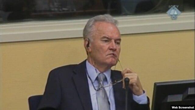 Ratko Mladić u Hagu, 23. kolovoz 2012.