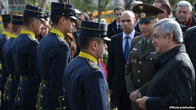 Greece - Armenian President Serzh Sarkisian speaks with Armenian cadets studying in Greek military academies, Athens, 16Mar2016.