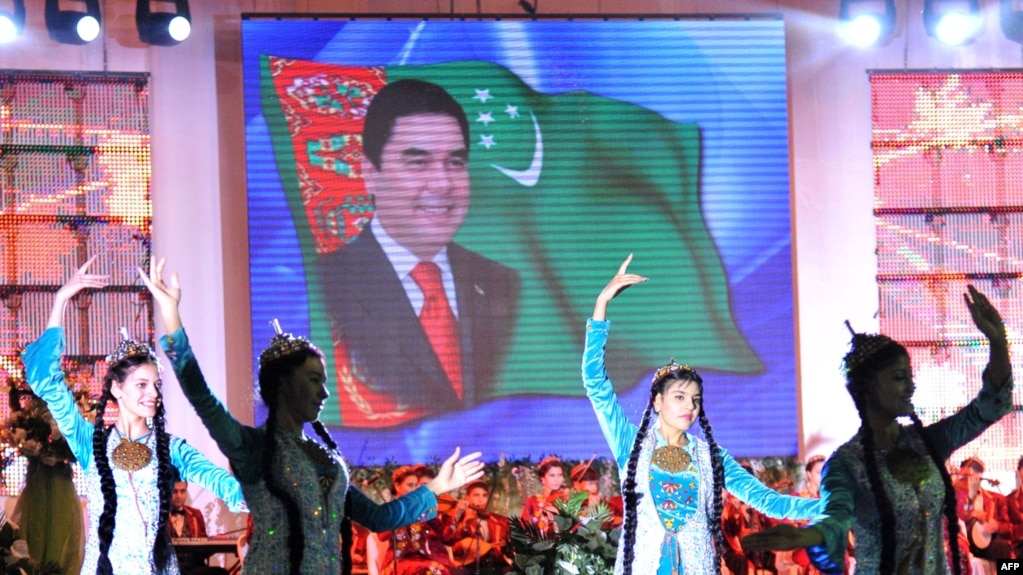 """State mediastrives to paint a rosy picture of living standards, claiming that Turkmenistan is living in an """"era of greatness and happiness."""""""