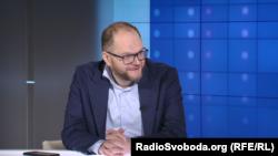 Сам Володимир Бородянський (на фото) вважає, що його ініціатива не зашкодить журналістам