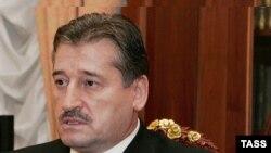 Алханов Iалу.