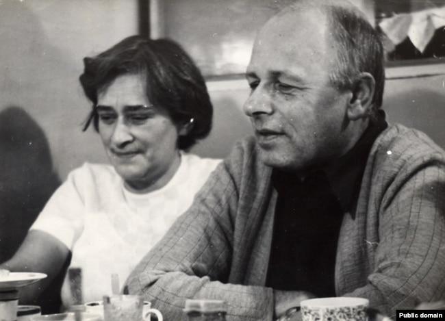 Елена Боннэр и Андрей Сахаров. Крым, 1975 год