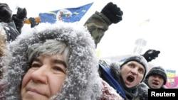 Близько 1,5 тисячі підприємців протестують проти Податкового кодексу на майдані Незалежності у Києві, 2 грудня 2010 року