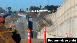 Забор на границе Мексики и США