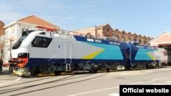 Alstom SA şirkətinin Qazaxıstan üçün istehsal etdiyi elektrik lokomotivi.