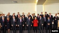 ბრიუსელი: ნატოსა და რუსეთის საგარეო საქმეთა მინისტრები