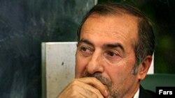 مرتضی الویری؛ شهردا اسبق تهران و از مشاوران مهدی کروبی نامزد اصلاحطلب انتخابات ۸۸