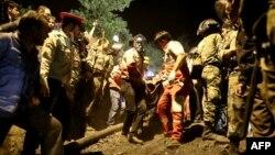 Спасательные работы на шахте в провинции Голестан.
