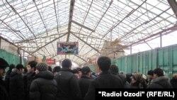 """Коршикании соҳибкорони бозори """"Сомон"""", 4.02.2013"""