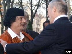 Муамар Кадафі і Аляксандар Лукашэнка, 2008 год