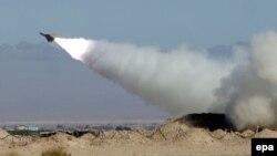 Иран армиясы зымыран қаруын сынап жатыр. 25 қараша 2009 жыл. (Көрнекі сурет)