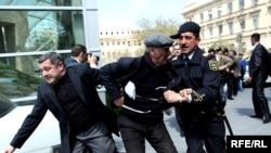"""Акция протеста блока """"Азадлыг"""", Баку, 26 апреля 2010 года"""