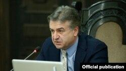 Ерменскиот премиер Карен Карпетијан