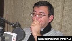 E.Astanbəyli