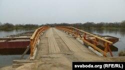 Сэзонны пантонны мост на Сажы пад Слаўгарадам