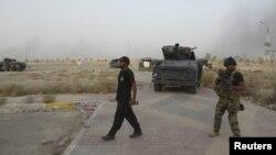 قوات عراقية في جامعة الأنبار
